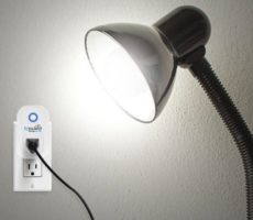 HomeDome-Smart-Outlet-with-Voice-Control.jpg