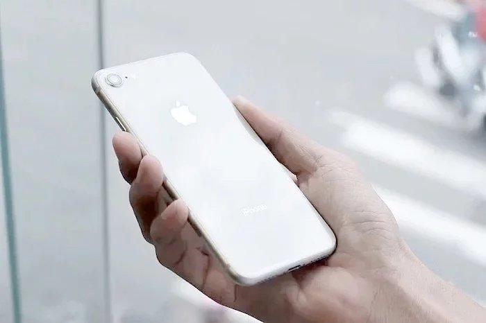 iphone-9-2-1.jpg