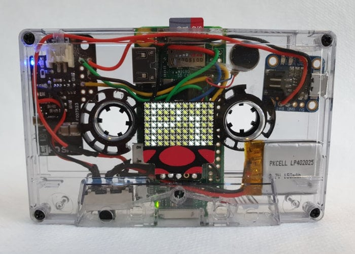 Raspberry Pi cassette IoT scroller