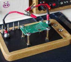 DIY-Magnetic-helping-hands.jpg