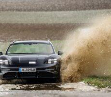 Porsche-Taycan-1.jpg